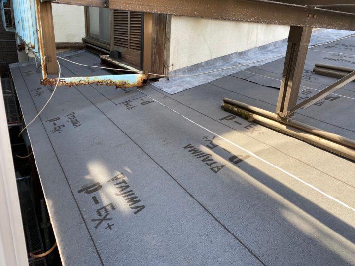 下屋根 ルーフィング設置完了