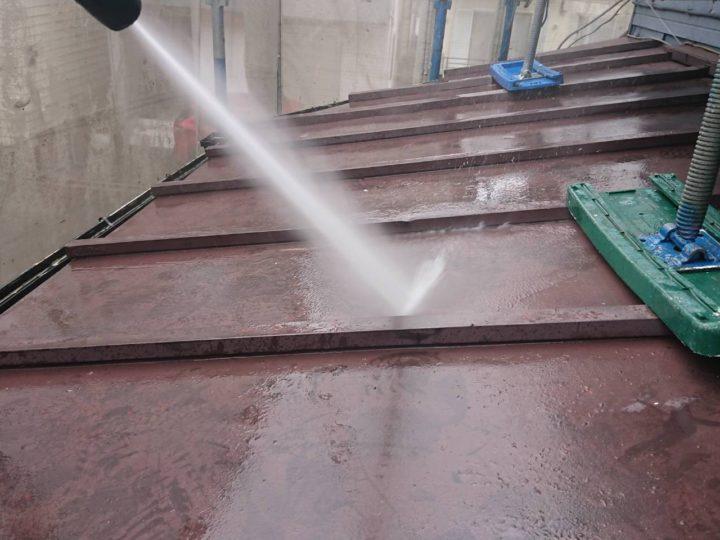 下屋根 高圧洗浄