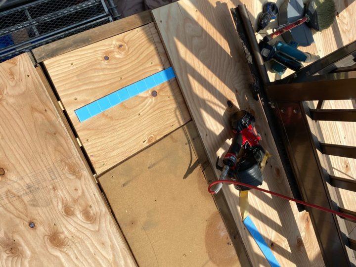 下屋根 木下地(野地板)設置