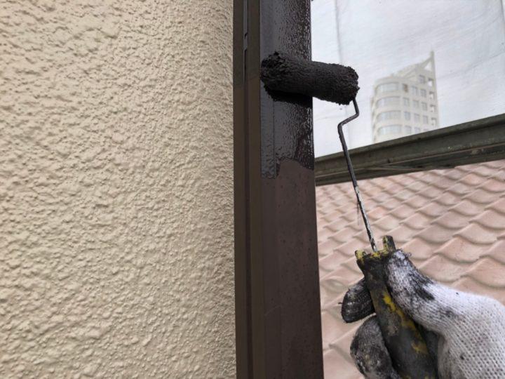 外壁 上塗り完了・雨樋 下塗り
