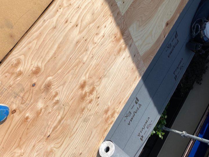 下屋根 ルーフィング(防水シート)設置