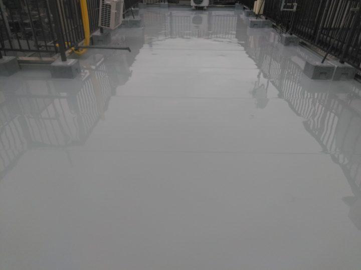 屋上 ウレタン防水塗布完了(2回目)