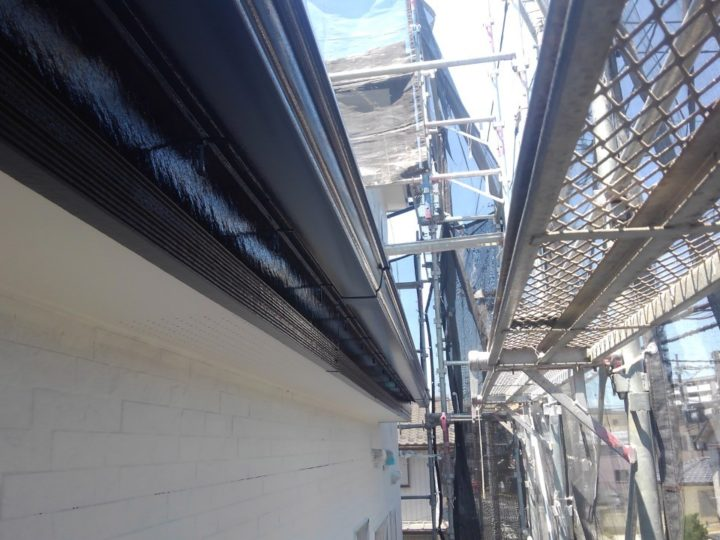 雨どい・破風板 塗装完了